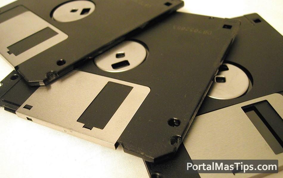 Crear una disquetera virtual (virtual floppy) en Windows 8